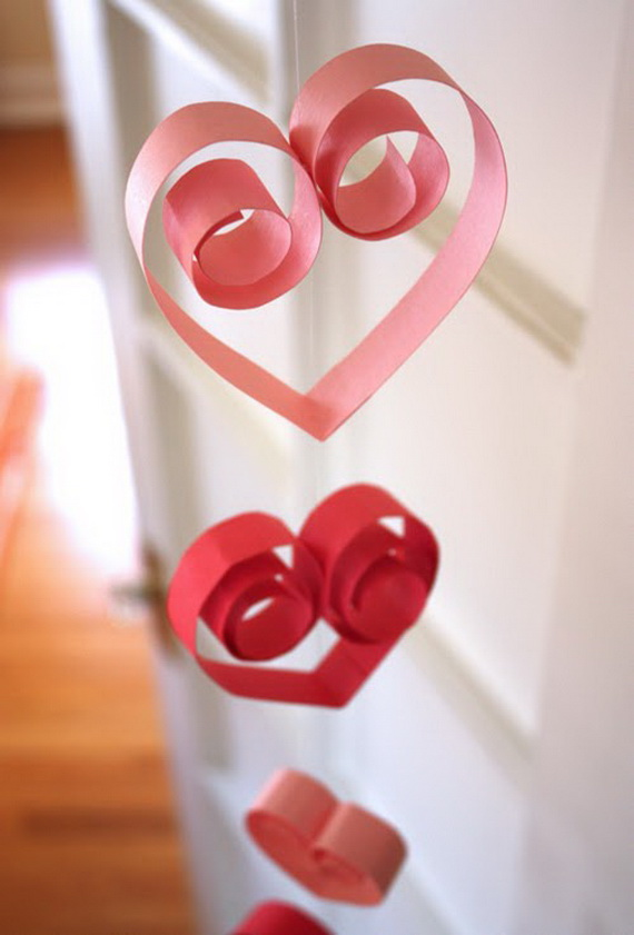 Handcrafted- Valentine's- Day- Decorations_23