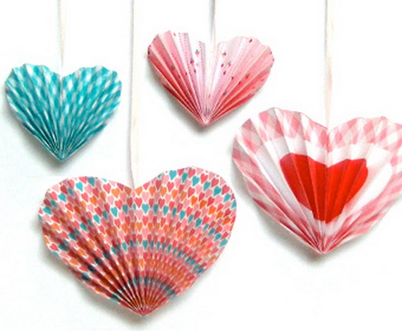 Handcrafted- Valentine's- Day- Decorations_25