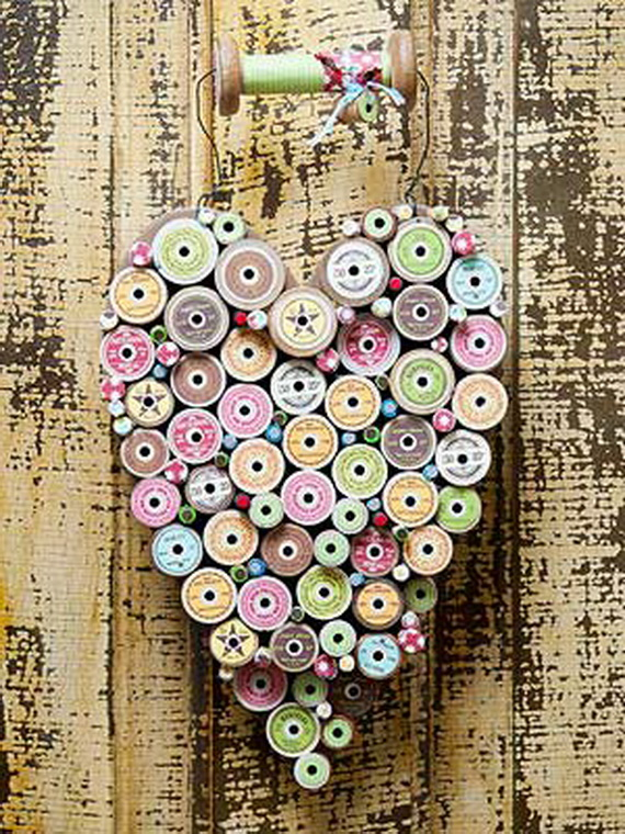 Handcrafted- Valentine's- Day- Decorations_43