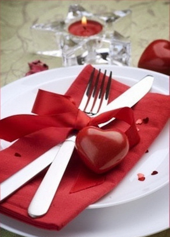 Romantic- Valentine's Day- Table -Setting -ideas_099