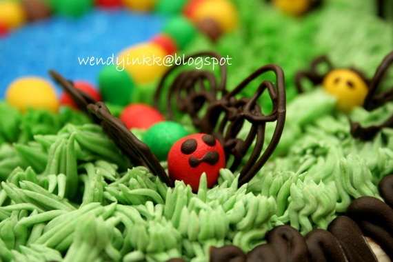 April- Fool's- Day- Cakes- &- Cupcakes_27