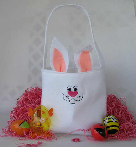 Embroidered- Easter- Treat- Gift- Basket_29