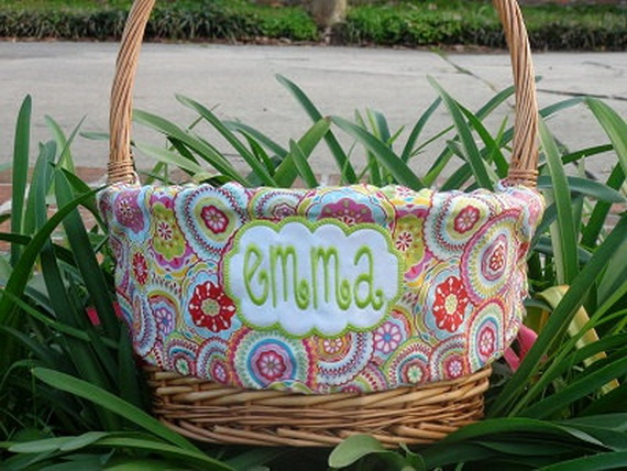 Embroidered- Easter- Treat- Gift- Basket_34