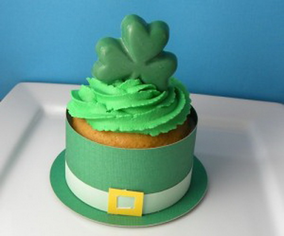 Leprechaun-Cupcake-Complete-2-300x249_resize