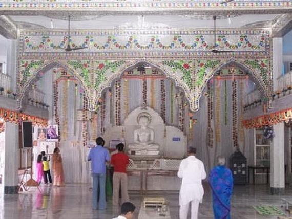Mahavir- Jayanti- Festival- Jain- Festivals_04