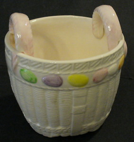 Personalized- Hand- Painted- Girl- Bunny- Easter- Basket- Ideas_01