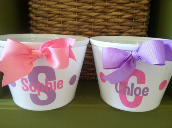 Personalized- Hand- Painted- Girl- Bunny- Easter- Basket- Ideas_39