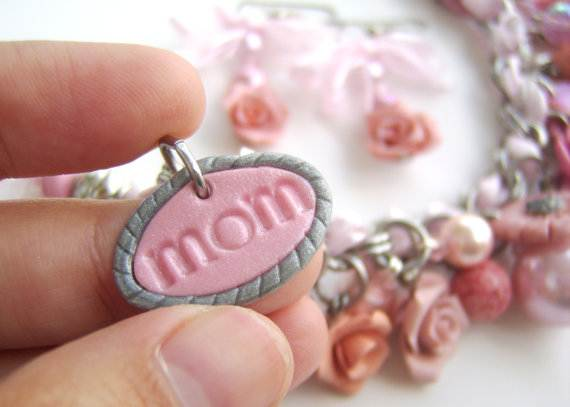 Polymer-Clay-Gifts-for-Mom-on-Mother's-Day_09