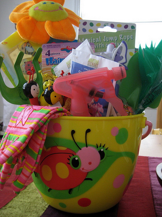 Unique- and- Easy- Creative- Easter -Basket- Ideas_006