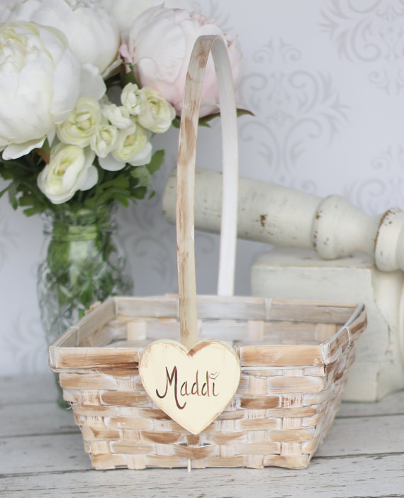Unique- and- Easy- Creative- Easter -Basket- Ideas_045