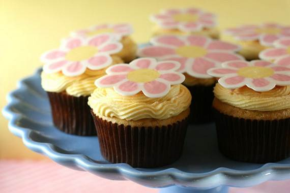 Celebrate-Mothers-Day-with-Decorating-Ideas-of-Cakes-Cupcakes-_13