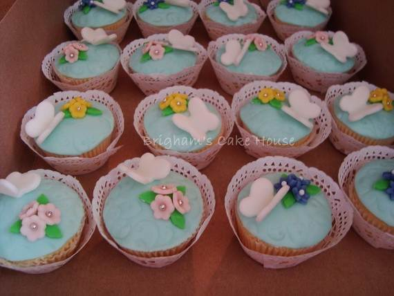 Celebrate-Mothers-Day-with-Decorating-Ideas-of-Cakes-Cupcakes-_14