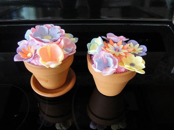 Celebrate-Mothers-Day-with-Decorating-Ideas-of-Cakes-Cupcakes-_19