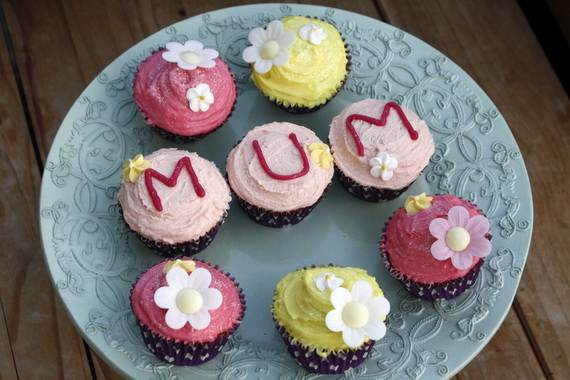 Cupcake-Decorating-Ideas-For-Mothers-Day_26