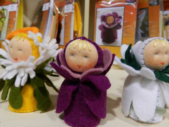 Felt-Crafts-and-Needle-Felting-Projects-for-All-Seasons-_063