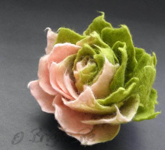 Felt-Crafts-and-Needle-Felting-Projects-for-All-Seasons-_088