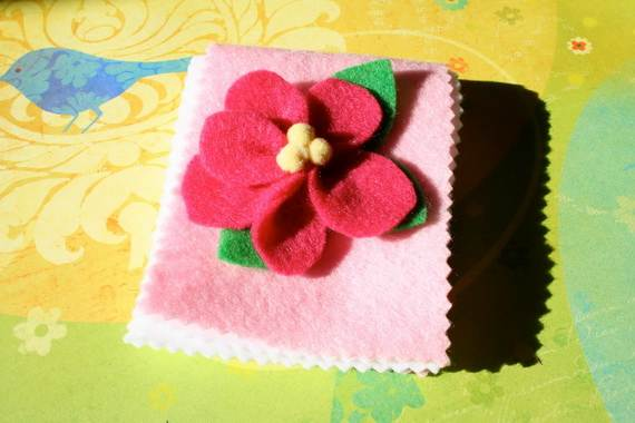 Homemade-Craft-Gift-Ideas-For-Mothers-Day_03