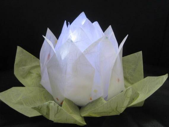 DIY-Paper-Lotus-Lanterns-for-Buddha's-Birthday__111