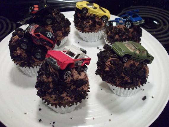 Impressive-Cupcakes-for-Men-On-Father's-Day-_06