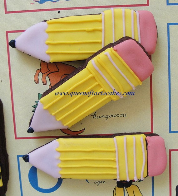 Back to School Cake and Cupcake Ideas_02
