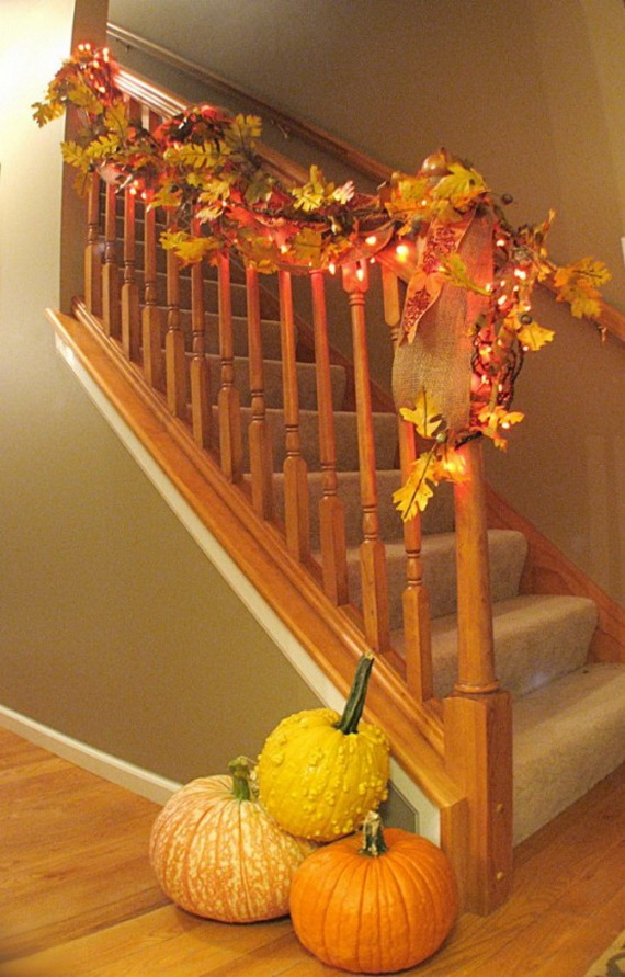 50 Unique Fall Staircase Decor Ideas_12