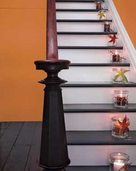 50 Unique Fall Staircase Decor Ideas_16