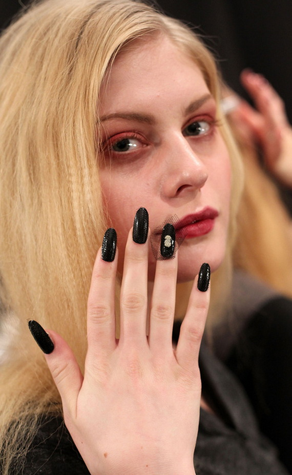 Best autumn-winter 2013-2014 Nail Art Trends_77