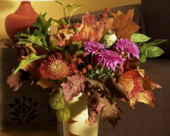 Cool Fall Flower Centerpiece and Flower Table  (27)