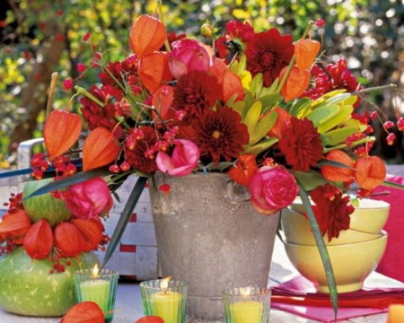 Cool Fall Flower Centerpiece and Flower Table  (29)