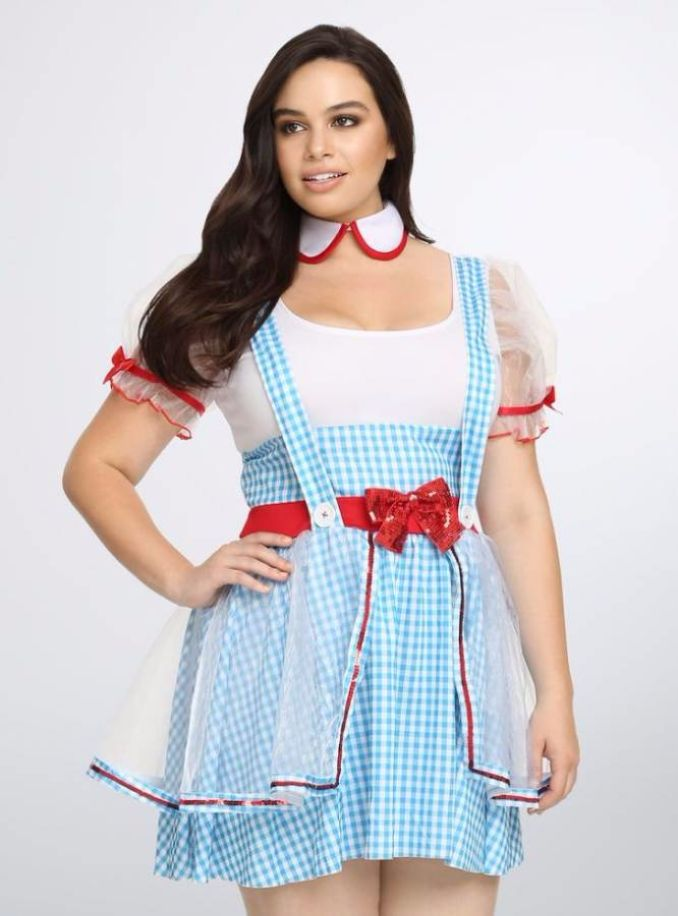 plus-size-halloween-costumes-ideas-for-women-5