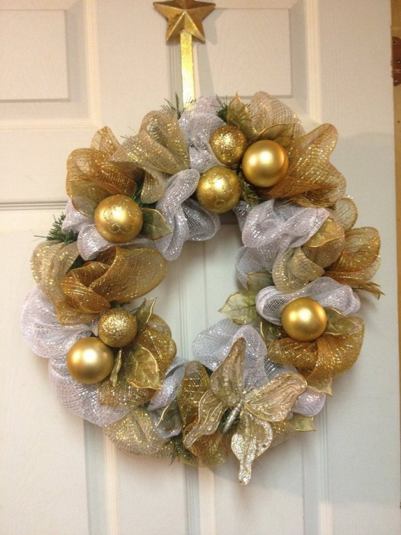 50 Great Christmas Wreath Ideas To Keep The Traditions Alive_39