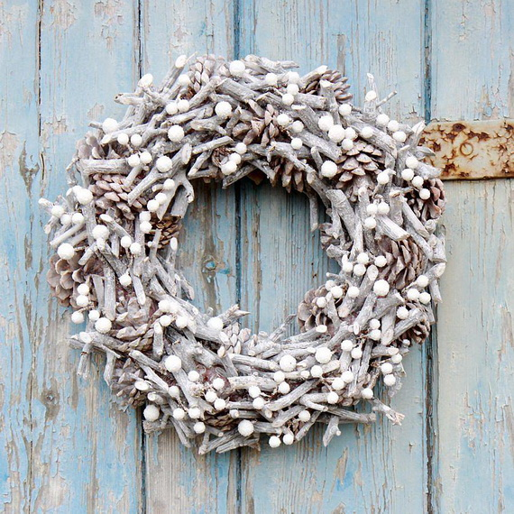 50 Great Christmas Wreath Ideas To Keep The Traditions Alive_44