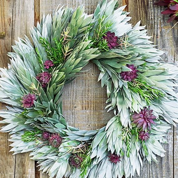 50 Great Christmas Wreath Ideas To Keep The Traditions Alive_53