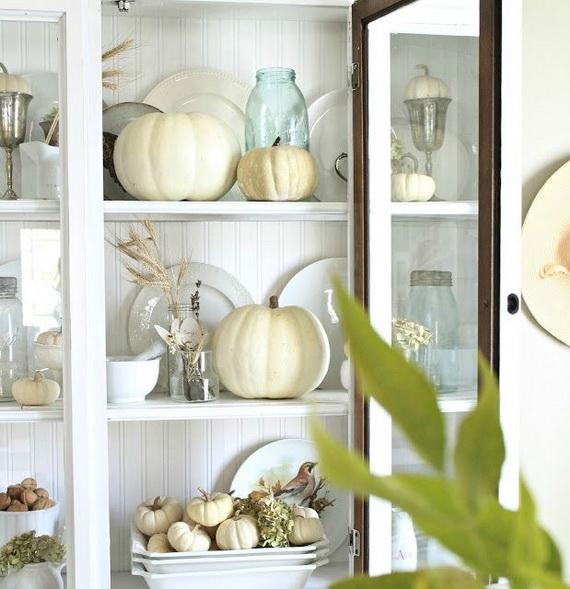 Elegant White Halloween Ideas_23