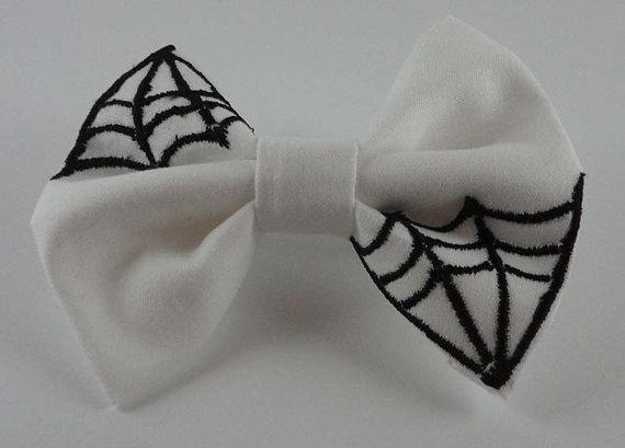 Elegant White Halloween Ideas_33
