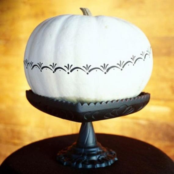 Elegant White Halloween Ideas_42