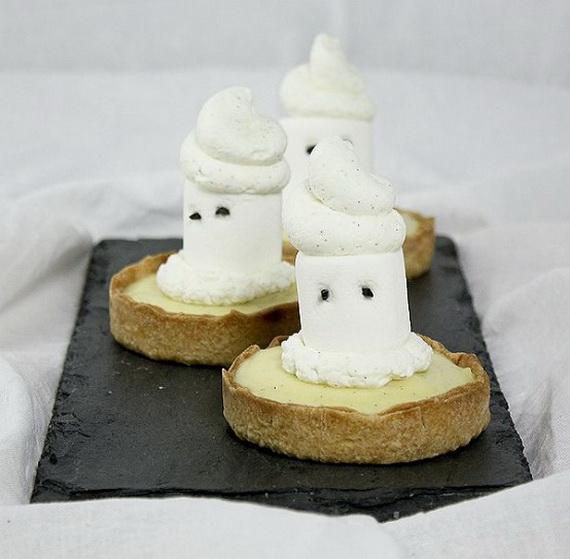 Elegant White Halloween Ideas_49