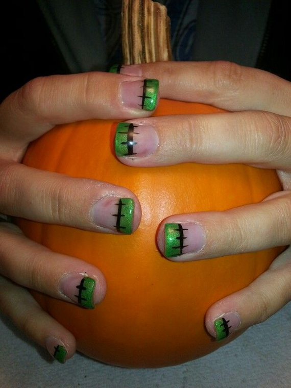 Gorgeous Ghastly Halloween Nail Art Designs (10)
