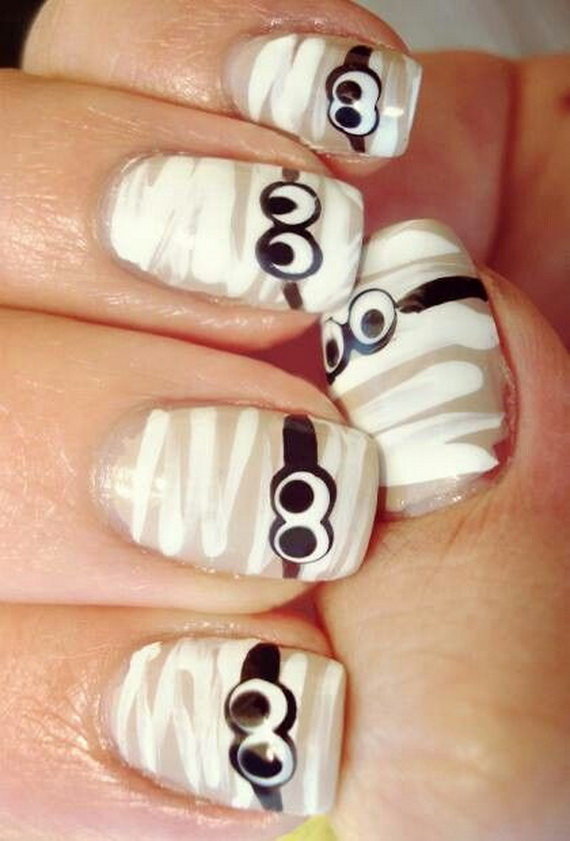 Gorgeous Ghastly Halloween Nail Art Designs (26)