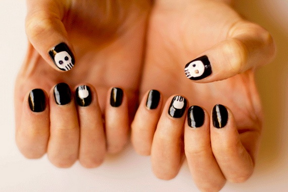Gorgeous Ghastly Halloween Nail Art Designs (28)