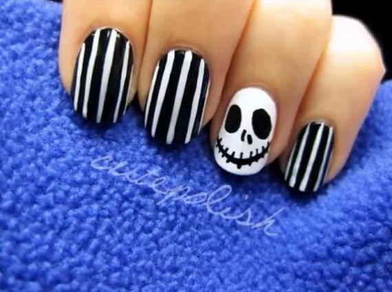 Gorgeous Ghastly Halloween Nail Art Designs (31)