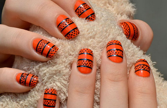 Gorgeous Ghastly Halloween Nail Art Designs (4)