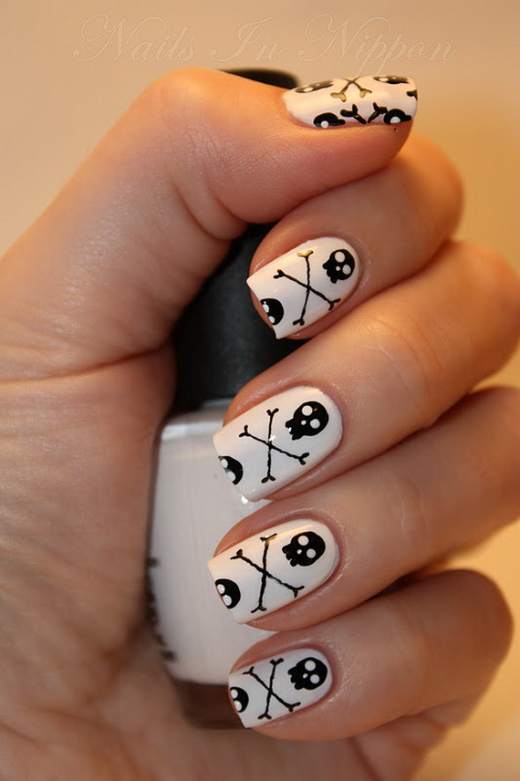 Gorgeous Ghastly Halloween Nail Art Designs (40)
