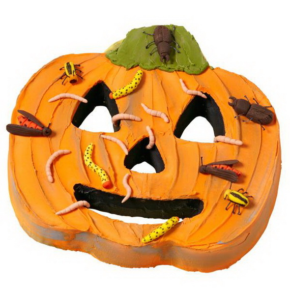 Halloween Inspired Cakes and Decorating Ideas From Wilton_27