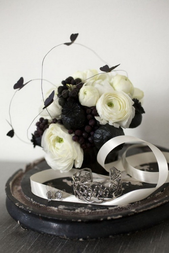 Halloween Wedding Centerpiece Ideas _35