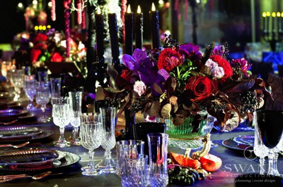 Halloween Wedding Centerpiece Ideas _45