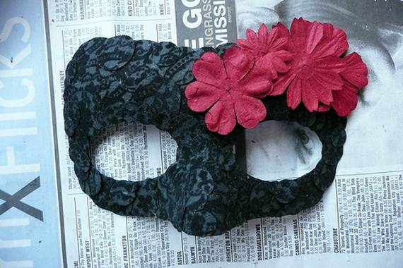 How-to-Make-a-Paper-Mache-Mask-With-a-Foil-Mold_26