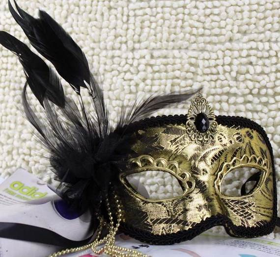 How-to-Make-a-Paper-Mache-Mask-With-a-Foil-Mold_59