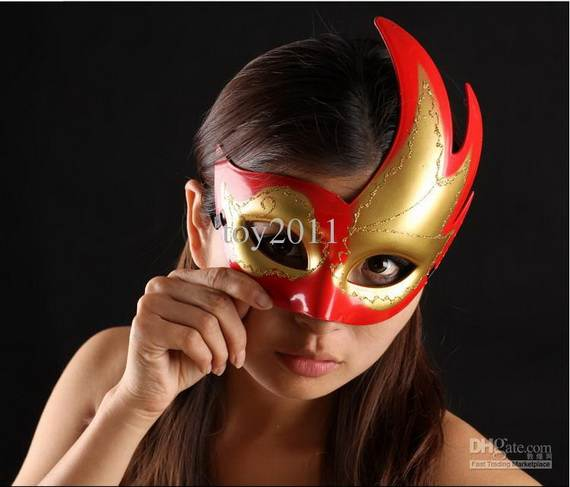 How-to-Make-a-Paper-Mache-Mask-With-a-Foil-Mold_69
