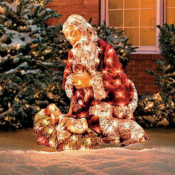 Outdoor-Christmas-Decorations-For-A-Holiday-Spirit-_271